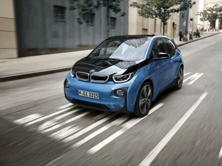 El actualizado BMW i3 (94 Ah) 2017 te llevará hasta 200 km de tu casa
