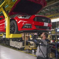 Video: Así funcionan los exoesqueletos que utilizan los trabajadores de Ford