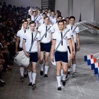 """Moncler Gamme Bleu Primavera-Verano 2016 """"La reinvención exquisita del estilo marinero"""""""