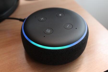 """Compra un Echo Dot desde 19,99 euros: el altavoz """"inteligente"""" más vendido de Amazon para domótica, música, Alexa y más [AGOTADO]"""