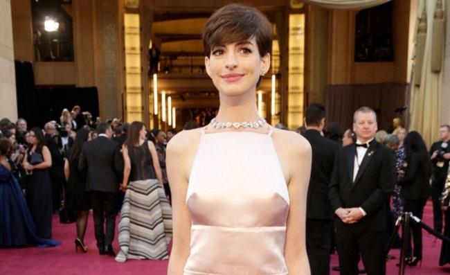 Imagen de Anne Hathaway en los Oscar