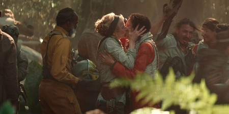 Star Wars Rise Skywalker Kiss Header