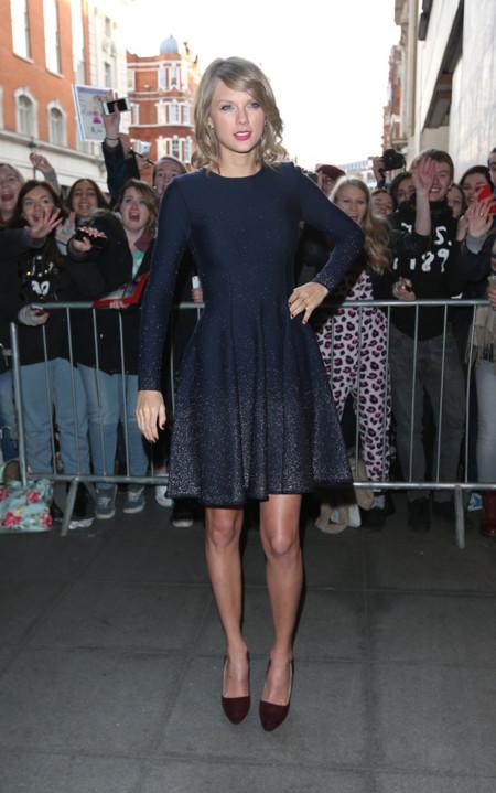 Taylor Swift De La Renta vestido