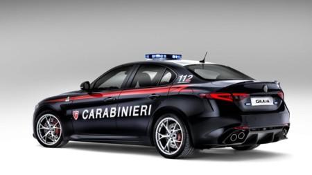 Alfa Romeo Giulia Carabinieri 3
