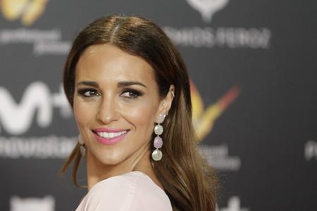 Paula Echevarría, la mujer de rosa, en los Premios Feroz 2018