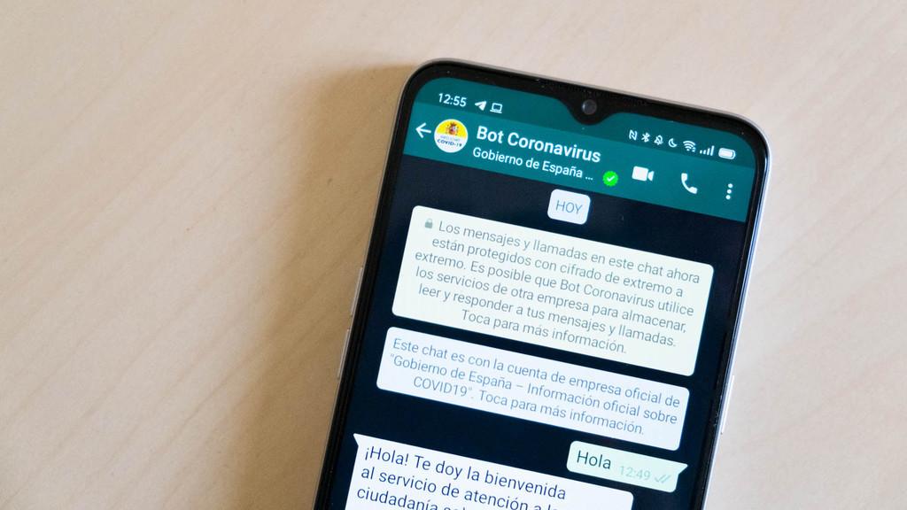 El Gobierno de España en tu WhatsApp con Hispabot-Covid19, el bot que te informa del coronavirus