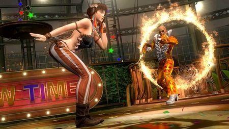 'Dead or Alive 5' nos lleva al circo con Lei Fang y Zack
