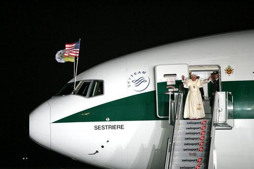 Pope Benedict Xvi Waves Goodbye As He Departs