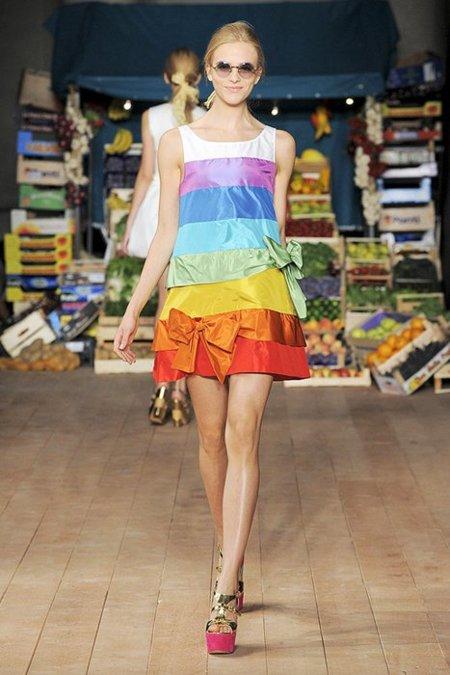 Color Moschino Cheap and Chic Primavera-Verano 2012