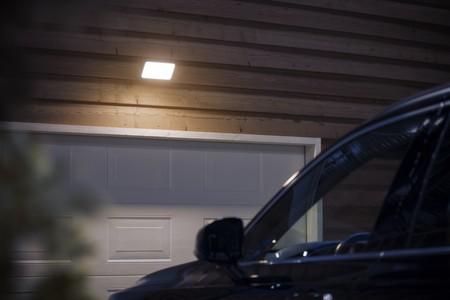 Hue Outdoor Floodlight