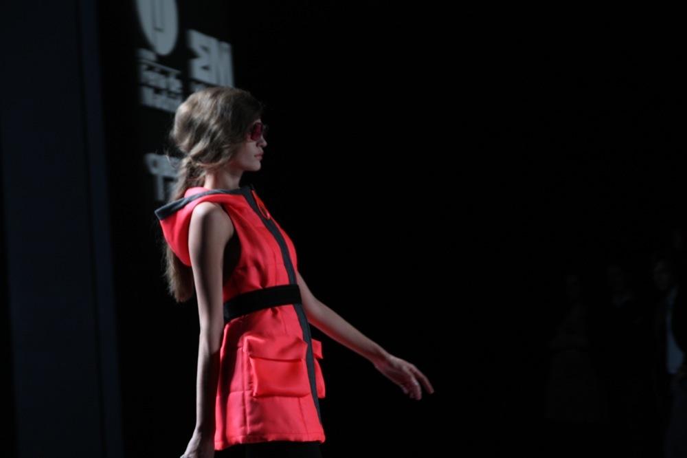 Foto de Adolfo Domínguez en la Cibeles Madrid Fashion Week Otoño-Invierno 2011/2012 (40/106)