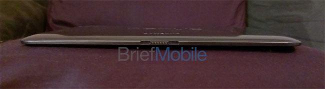 Foto de Aparecen las primeras imágenes reales del Nexus 10 y sus supuestas especificaciones técnicas (3/4)