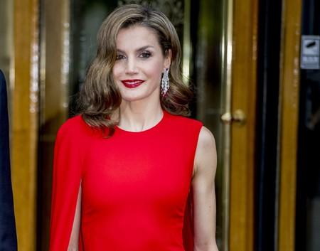 De Carolina Herrera a Zara: cuánto cuestan los vestidos de la reina Letizia