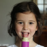 Polos caseros de fruta. Receta saludable para niños en verano