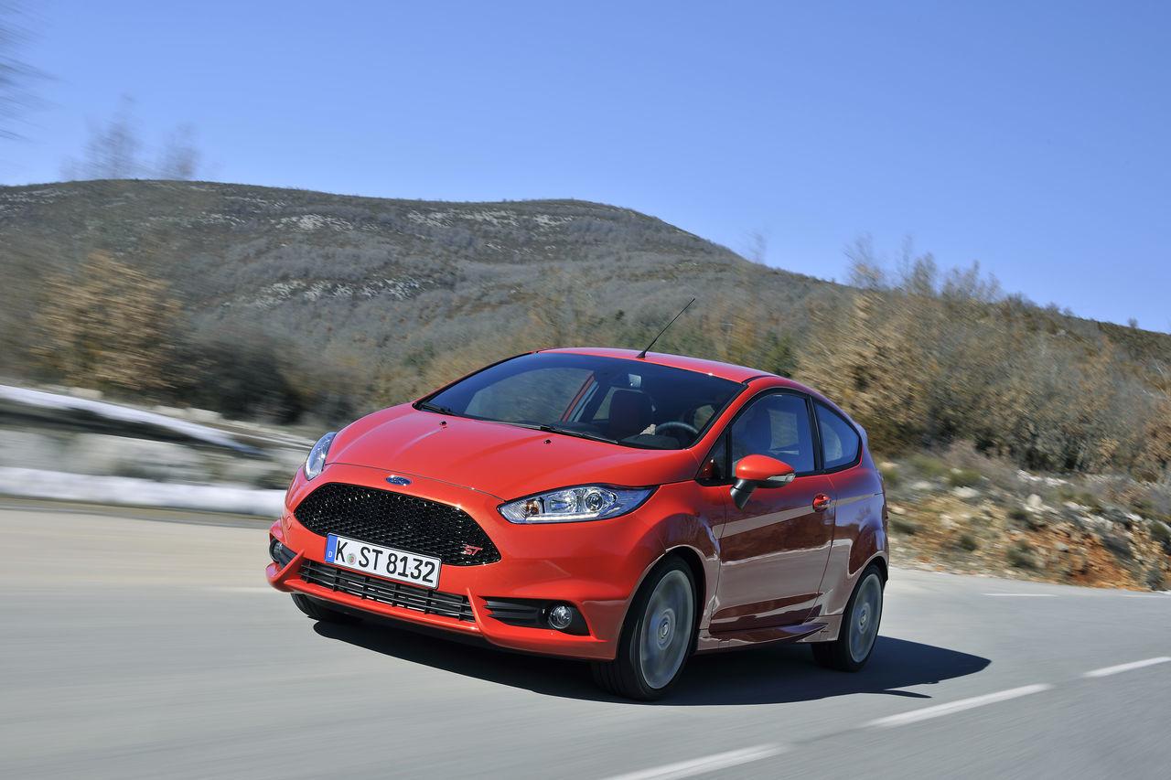 Foto de Ford Fiesta ST 2013 en Francia (32/50)