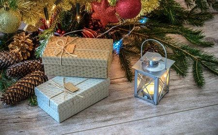 Siete celulares de menos de 700.000 pesos colombianos que podrías regalar esta Navidad