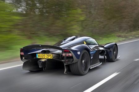 Aston Martin Valkyrie 3 1