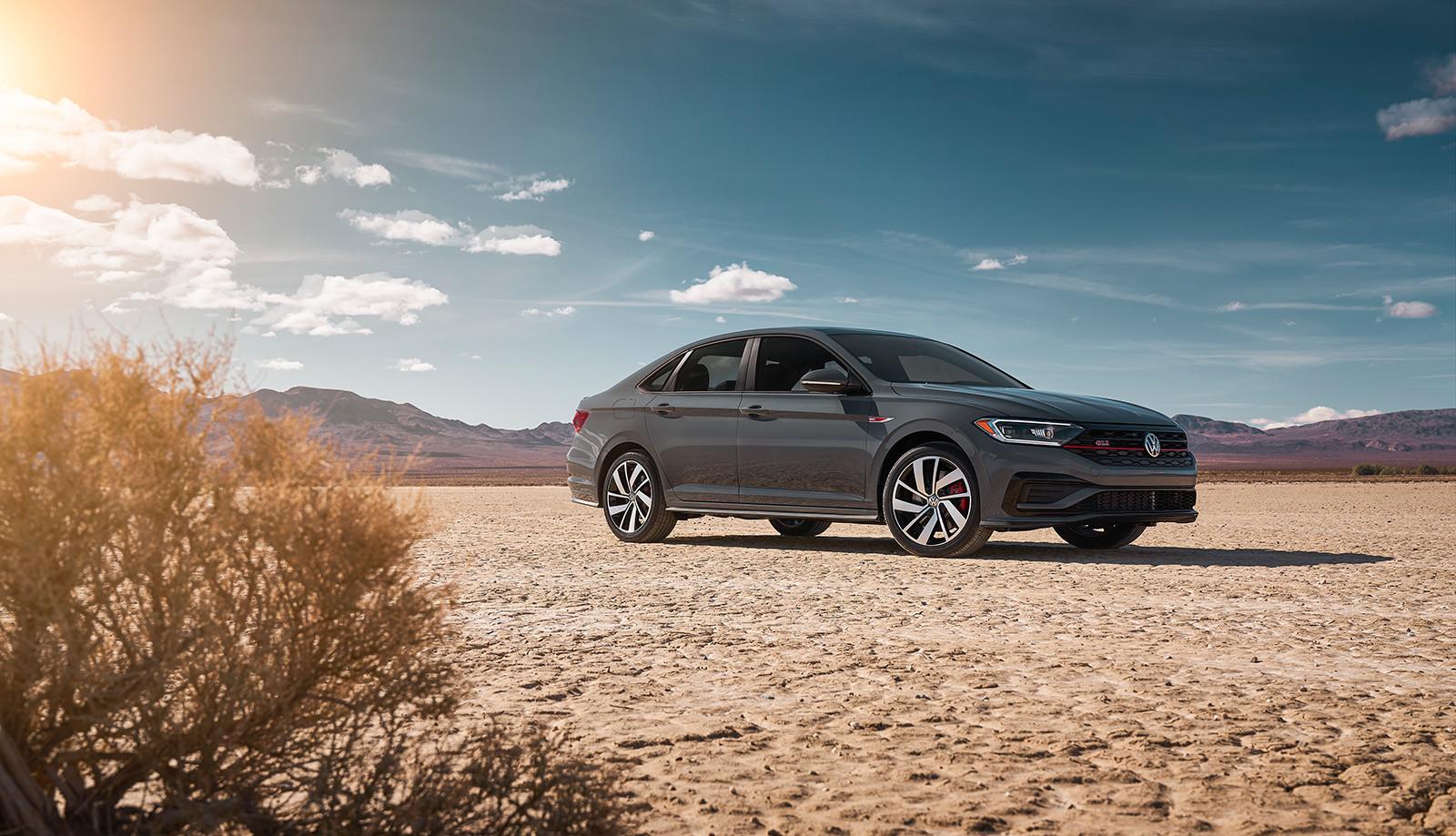 Foto de Volkswagen Jetta GLI 2019 (19/27)
