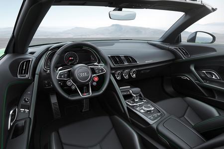 Audi R8 Spyder V10 Plus 2