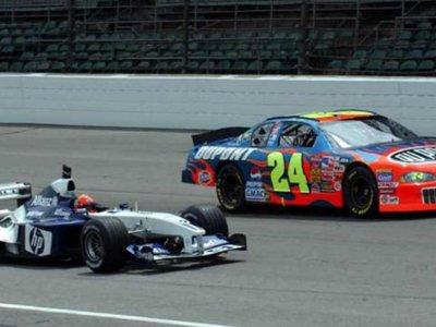 Memorias del deporte motor: Lewis Hamilton manejando un Nascar y Jeff Gordon en un F1