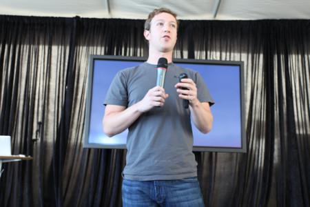 Facebook está invirtiendo grandes sumas de dinero para que los famosos usen Live