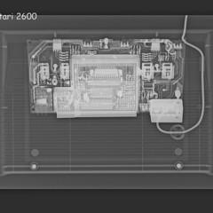 Foto 1 de 24 de la galería consolas-y-pads-vistas-a-traves-de-una-camara-con-rayos-x en Vida Extra