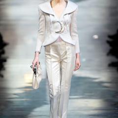 Foto 3 de 16 de la galería armani-prive-alta-costura-primavera-verano-2010-vestidos-de-noche-inspirados-en-la-luna en Trendencias