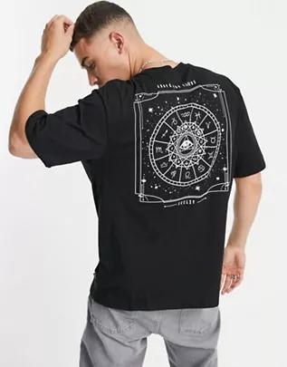 Camiseta negra extragrande con estampado místico en la espalda de Only & Sons
