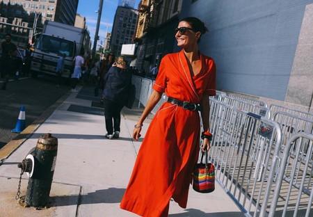 Las Siete Fórmulas Para Saber Cómo Combinar Un Vestido Rojo