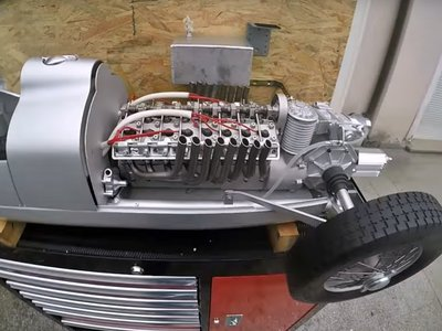 Este Auto Union Type C a escala 1:3 tiene un motor V16 completamente funcional, ¡y suena a gloria!