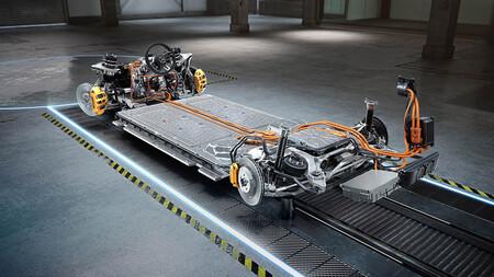 Mercedes-AMG desvela los primeros detalles de su primer coche eléctrico: llegará al mercado este año