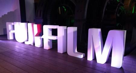 Fujifilm presenta en México su cámara GFX 50S y modelos 2017 de la familia X