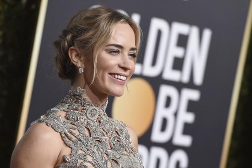 Globos de Oro 2019: Emily Blunt y su perfecto look de alfombra roja