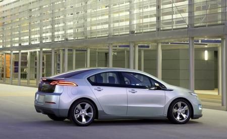 Chevrolet no da abasto con la producción del Volt para California