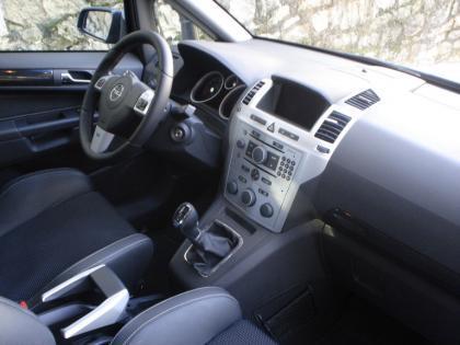 Opel Zafira OPC - Interior