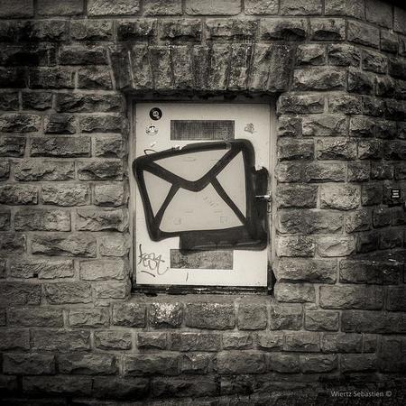 El correo frente al chat en la comunicación interna de la empresa: ¿Complementarios o incompatibles?