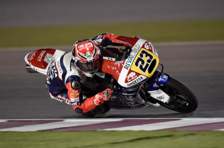 Niccolò Antonelli se saca de la manga la primera victoria del año en Moto3