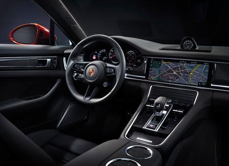 Porsche Panamera 2021 8