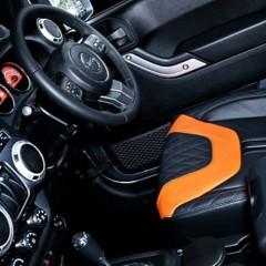 Foto 12 de 12 de la galería kahn-jeep-wrangler-cj300-matte-pearl-platinum en Motorpasión