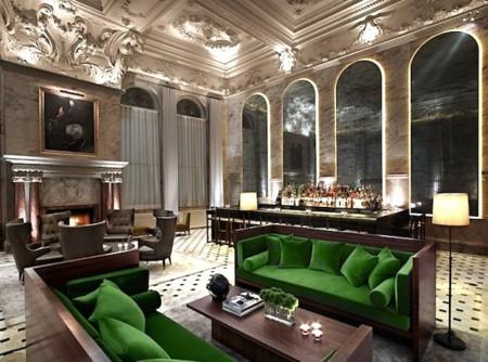 The Edition London Lobby chimenea