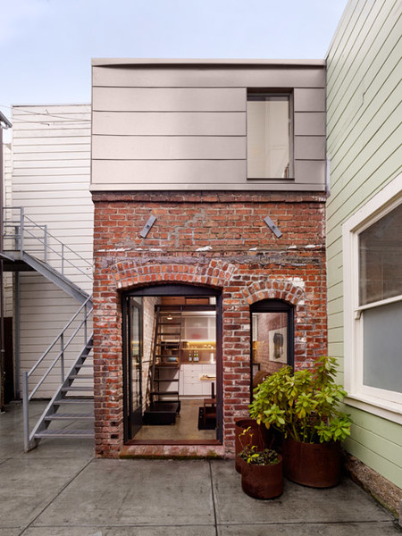 Brick House In San Francisco By Azevedo Design Dezeen 468 2