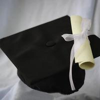 Titulitis en la empresa, ¿es necesario una carrera universitaria ocupar esa vacante?