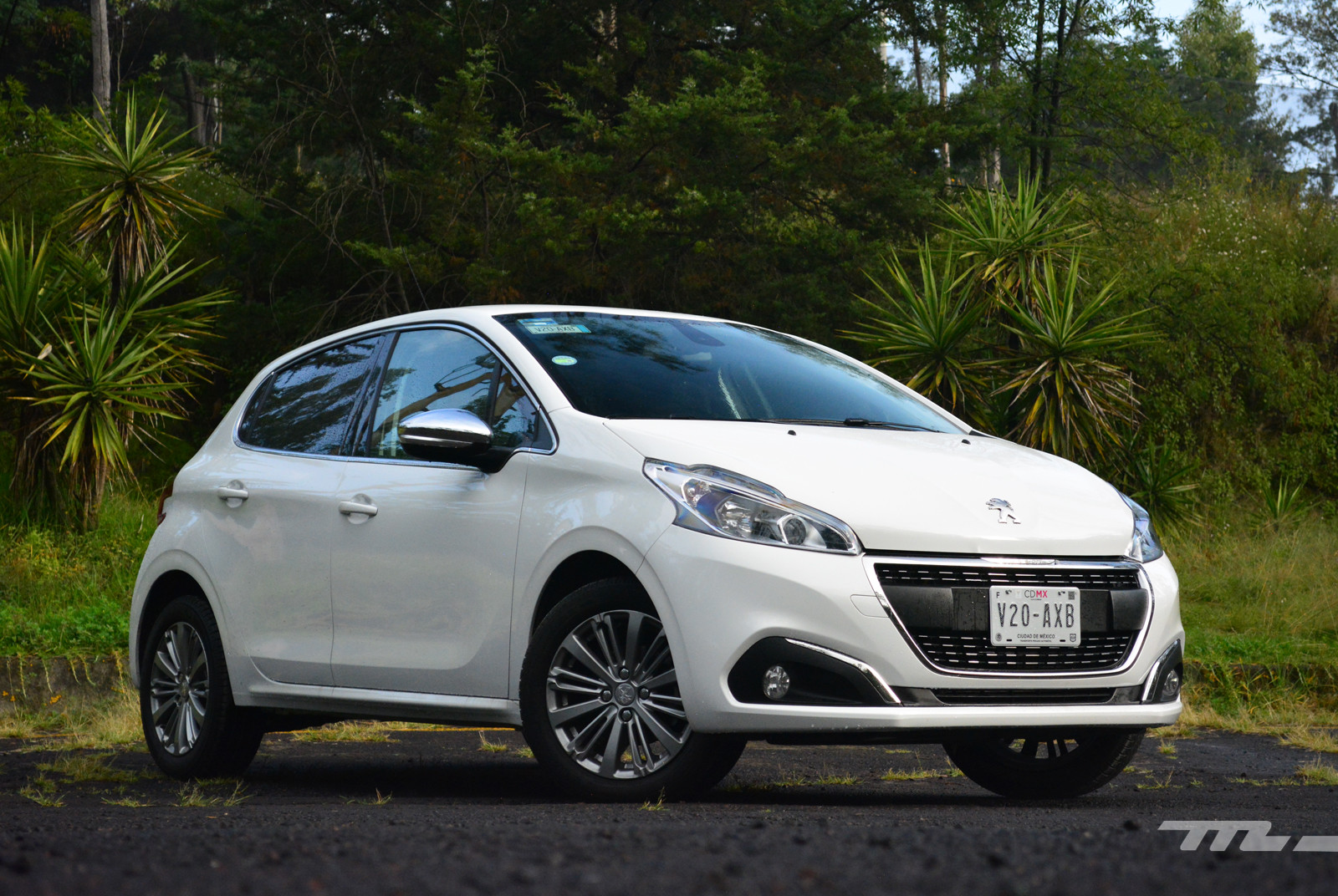 Foto de Peugeot 208 Puretech (2/17)