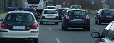 Carriles antiatascos: qué tipos hay y cómo se debe circular por ellos para evitar una multa
