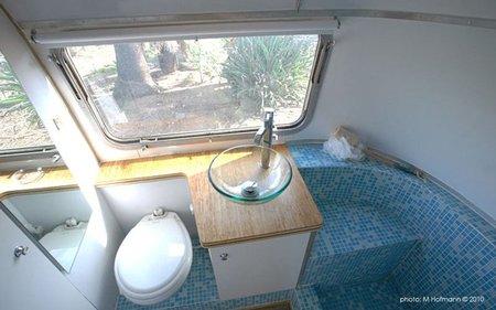 Casas poco convencionales - caravana - baño