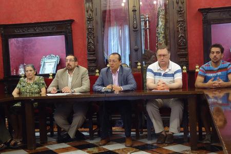 La fundación Granada Educa y sus cocineros voluntarios unidos para combatir la necesidad