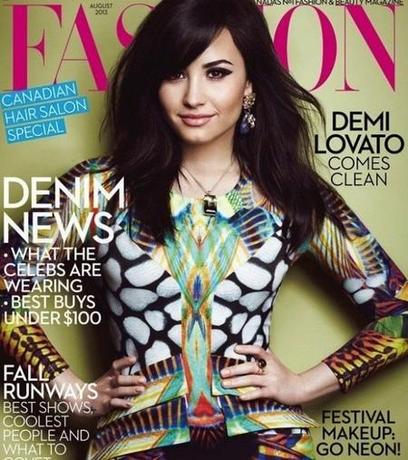 Demi Lovato, ¿tu peor enemigo ha diseñado esta portada?