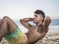 Dos cosas que debes tener en cuenta al hacer abdominales