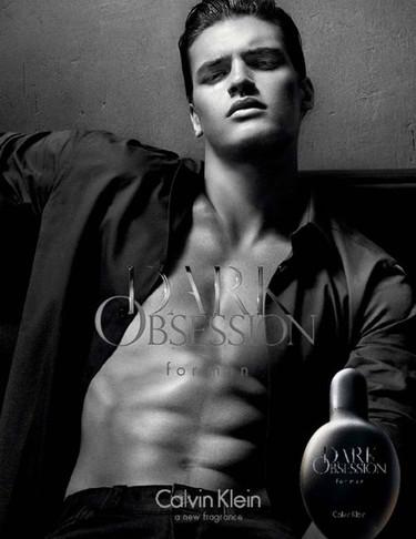 La obsesión oscura de Calvin Klein: nueva fragancia sensual y viril