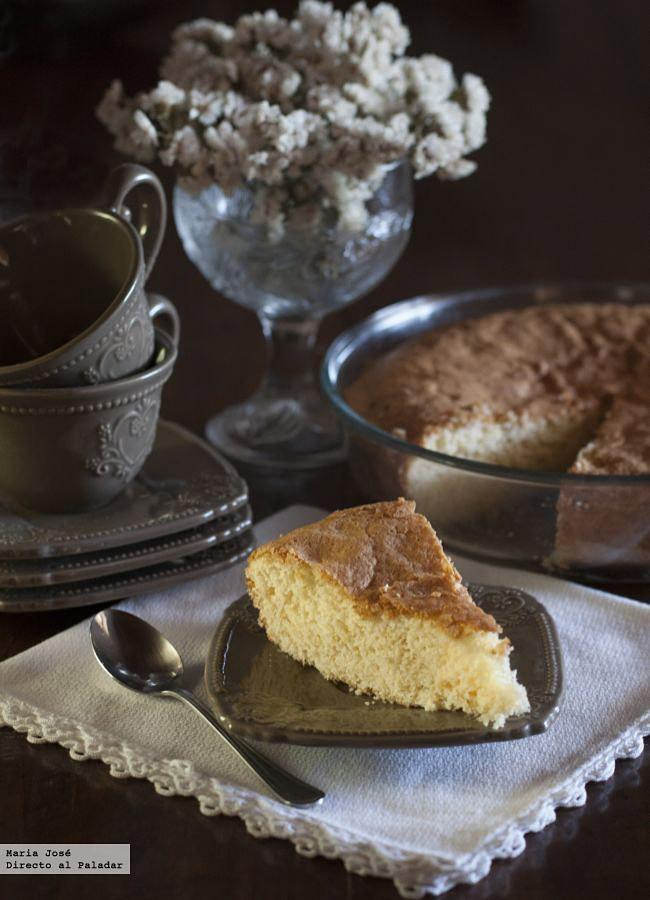 Bizcocho de yogur y limón, receta tradicional para guardar como oro en paño